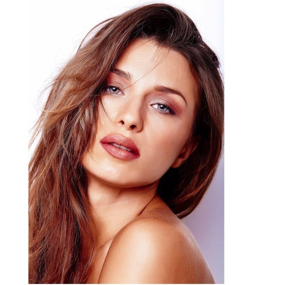 Felicia C Casting Attrici;Donne;Modelle Milano – 25-35 anni