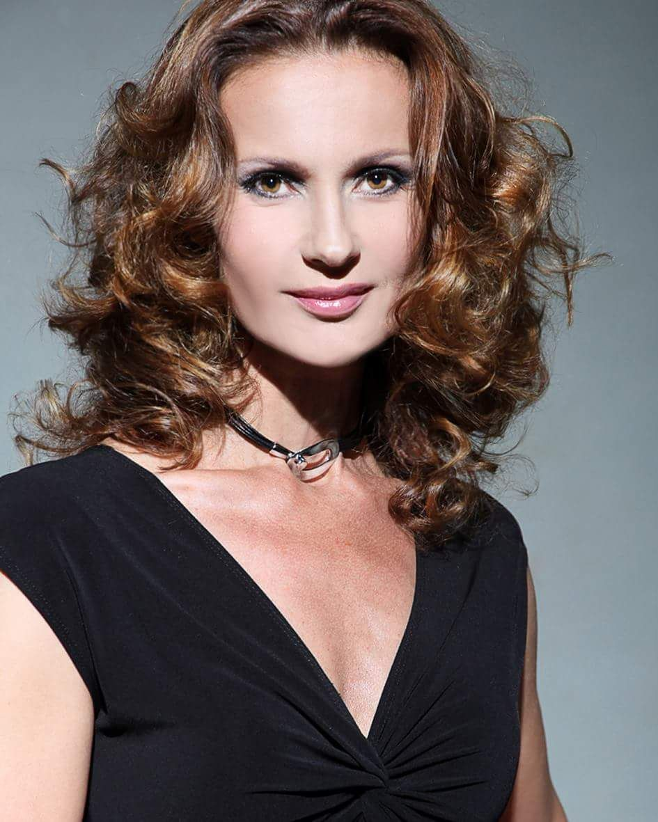 Denisa F. Casting Donne;Modelle Milano – 35-50 anni