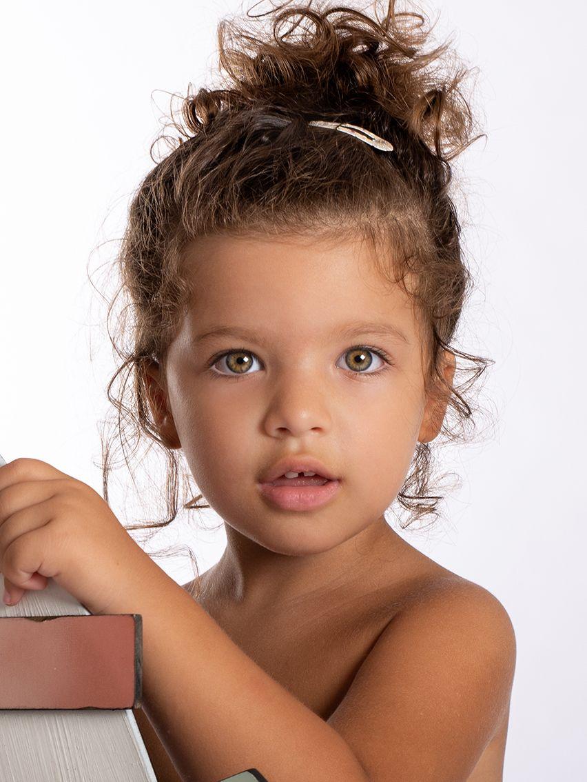 Carolina R. Casting Bambini Milano – Bambina anni